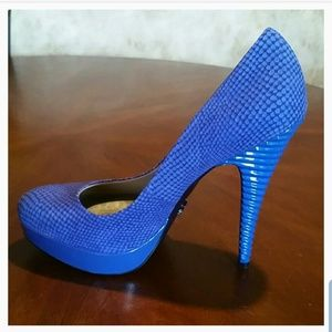 RACHEL Rachel Roy Beautiful Blue Platform Heels